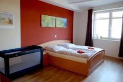 Ferienwohnung-Bautzen-Natuerlich-Schlafzimmer-I