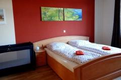 Ferienwohnung-Bautzen-Natuerlich-Schlafzimmer-II