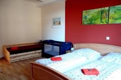 Ferienwohnung-Bautzen-Natuerlich-Schlafzimmer-IV