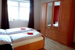 Ferienwohnung-Bautzen-Natuerlich-Schlafzimmer-V
